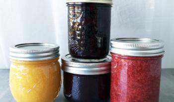 Vanilla Peach, Blueberry, Strawberry Jam